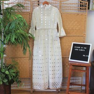 Vtg 70s White Floral Bell Sleeve Wedding Dress M